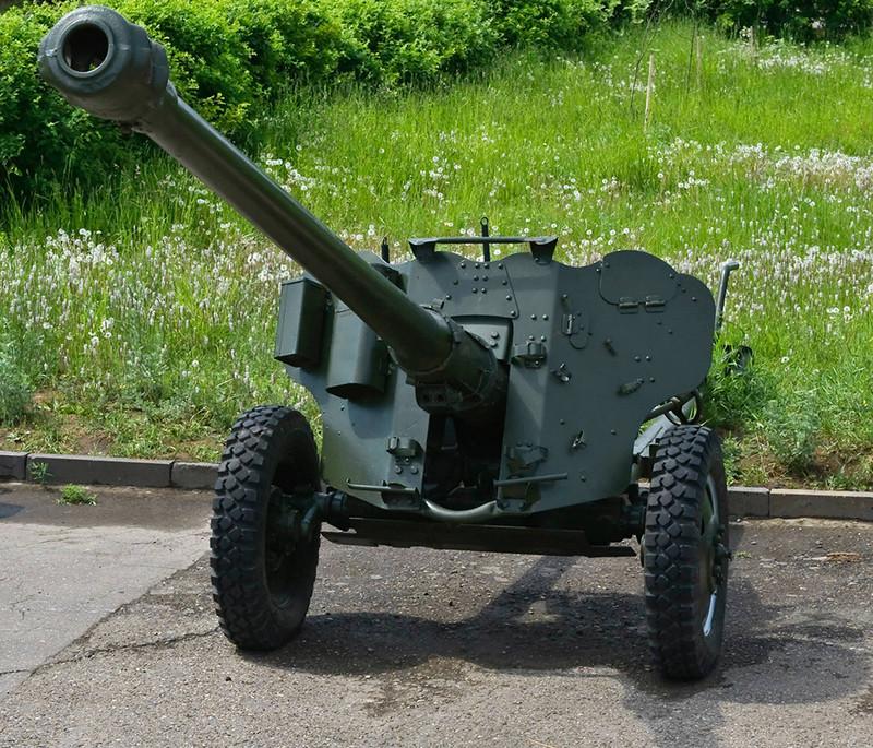 Д 44 85-мм дивизионная пушка